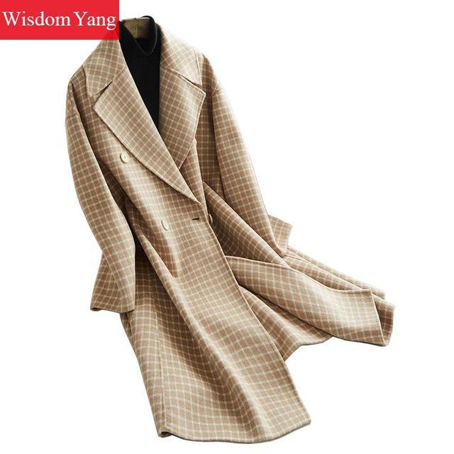 3471f7dbb69 Elegante invierno caqui cálido abrigo a cuadros de lana de oveja abrigos  para mujer coreana larga