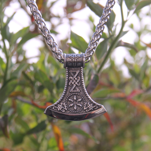 VIKING AXE RUNE NECKLACE