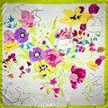100% Silk Scarf Women Scarf Flower Scarf Silk Bandana 2017 Top Hot Selling Hijab Middle Square Silk Scarf Wrap Luxury Lady Gift