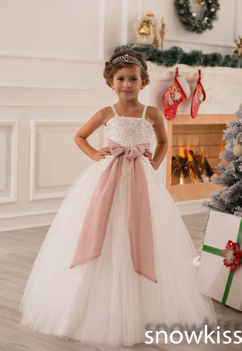 New coming Spaghetti Straps With Blush Sash Lace Appliques Beaded Ball Gown Kids frocks Flower Girl Dress For Wedding Party цена и фото
