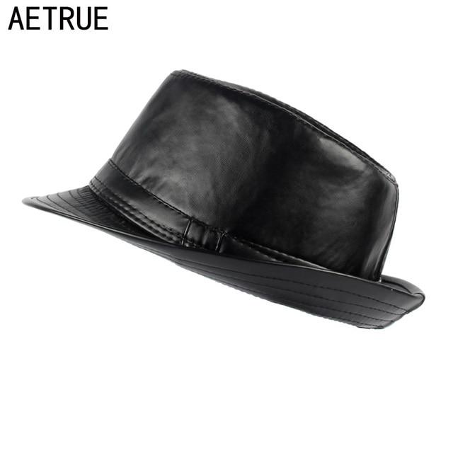 AETRUE Uomini Fedora Donne Cappello di Feltro Cappelli In Pelle Uomo Panama  berretti Gorros PU Plain 46f22887c43d