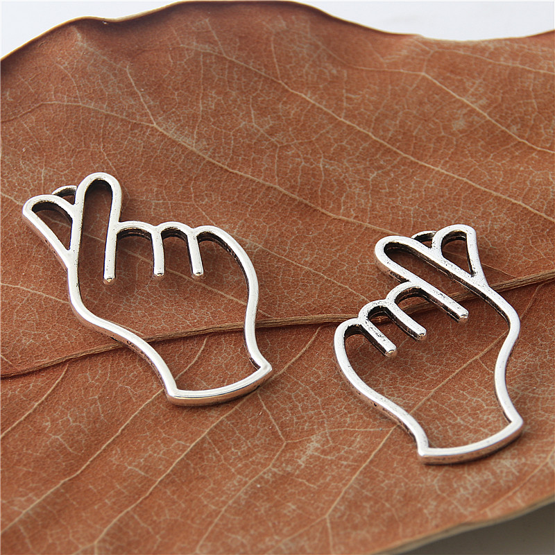 Charms Jewelry & Accessories 10pcs Antique Silver Hand Heart Charms Zinc Alloy Necklace Earring Bracelet Jewelry Diy Handmade A3049