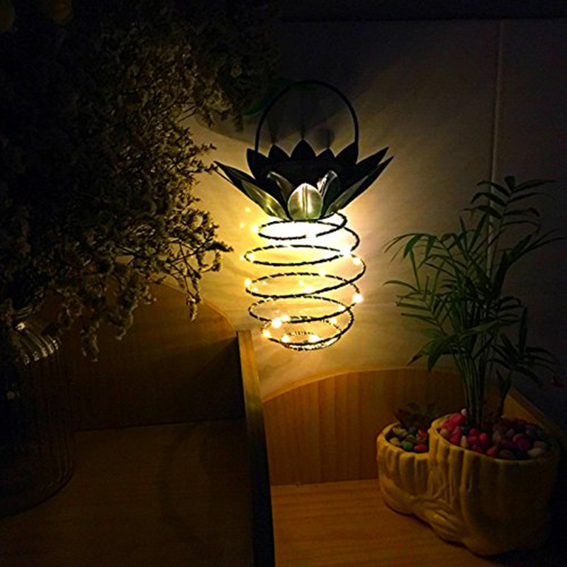 Outdoor Decor Garden Lights Pineapple Solar Hanging Light Waterproof Wall Lamp Fairy Lights Iron Wire Art Pineapple Lamp