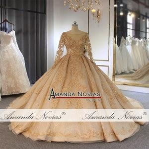 Image 2 - 2020 goldenen voll perlen hochzeit kleid funkelnden luxus lange zug brautkleid ohne schleier