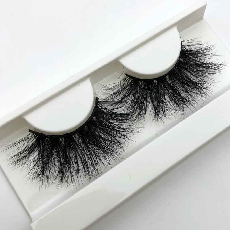 Mikiwi 25mm Long 3D Mink Lashes Extra Length Mink Eyelashes Big Dramatic 25mm Mink Lashes 3D Mink 100% Cruelty Free Handmade