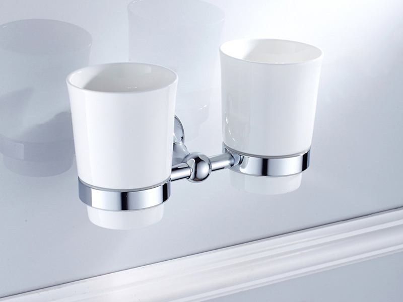 toothpaster cup holder chrome 1