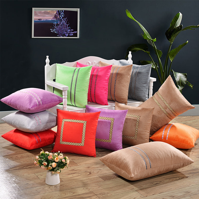 SunnyRain 1-Piece Solid Color Velvet Cushion Cover Decorative Pillow Cove Square Throw Pillow Cover 45x45cm 55x55cm