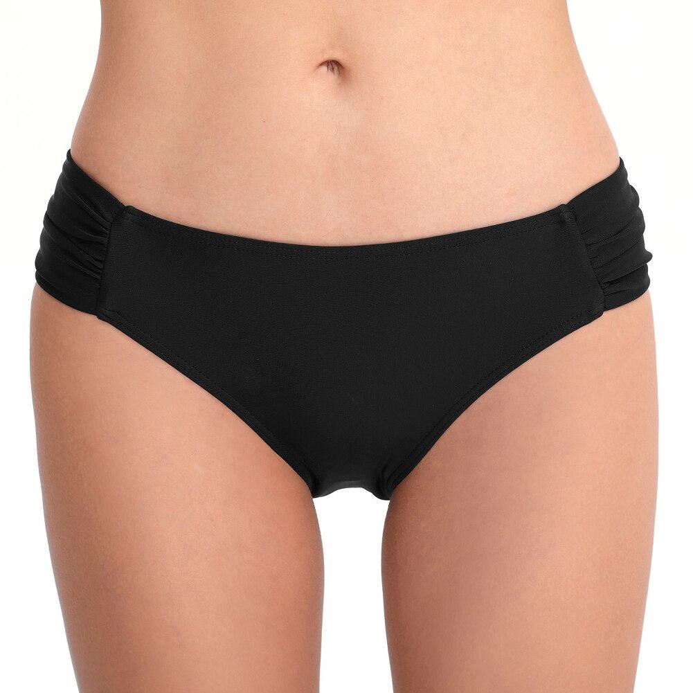 Женские пляжные плавки с низкой талией, модные летние плавки с рюшами для девочек, одежда для плавания, стандартные Плавки бикини, сексуальный купальник, спортивный костюм - Цвет: Черный