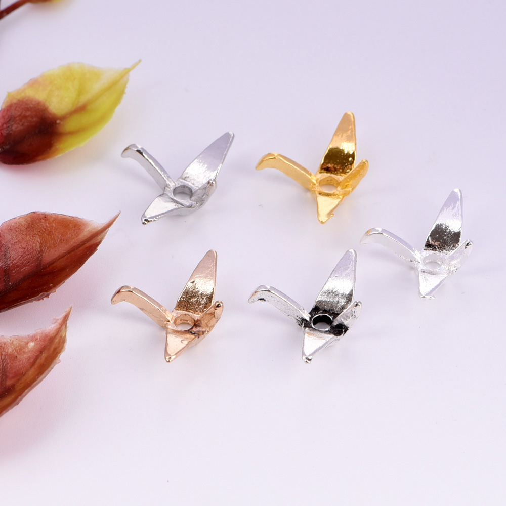 Antique Silver Tibetan Metal Origami PAPER PLANE Charms Beads Pendant Cards