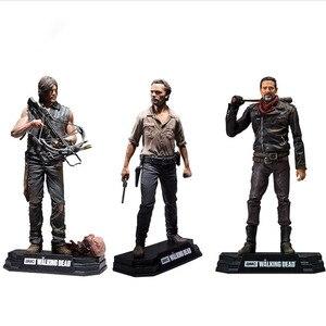 Image 2 - Figurine AMC The Walking Dead, jouet à collectionner, modèle en PVC, 15CM, jouet Daryl Rick Negan, cadeau pour enfant