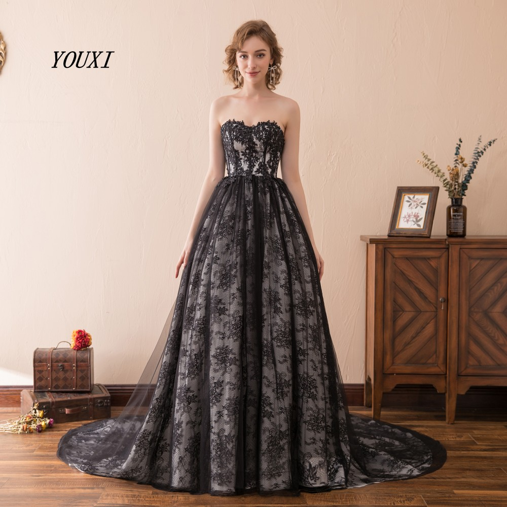 Sexy Sweetheart Black Evening Dresses 2019 New Arrival Real Sample Lace Ball Gown Evening Gowns
