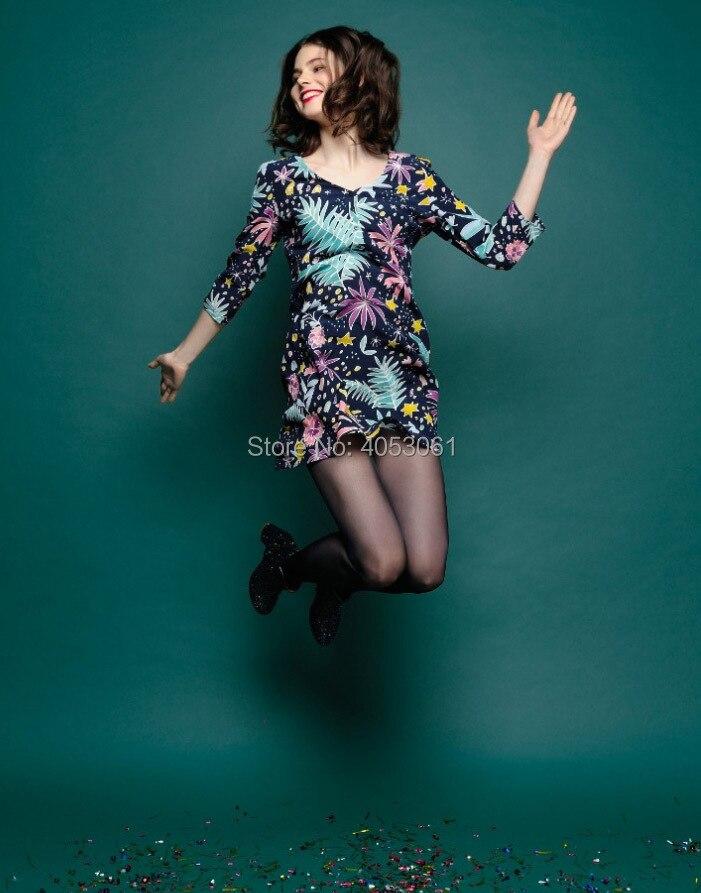 Viscose 100% imprimé Floral col en V courte Mini robe avec manches au coude 2019 femmes élégant robe courte-in Robes from Mode Femme et Accessoires    2