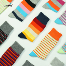 2019 Striped Funny Crew Socks Man Soft Cotton Bamboo Socks Winter Gift For Men Happy Socks Harajuku Fashion Calabasas Clothes