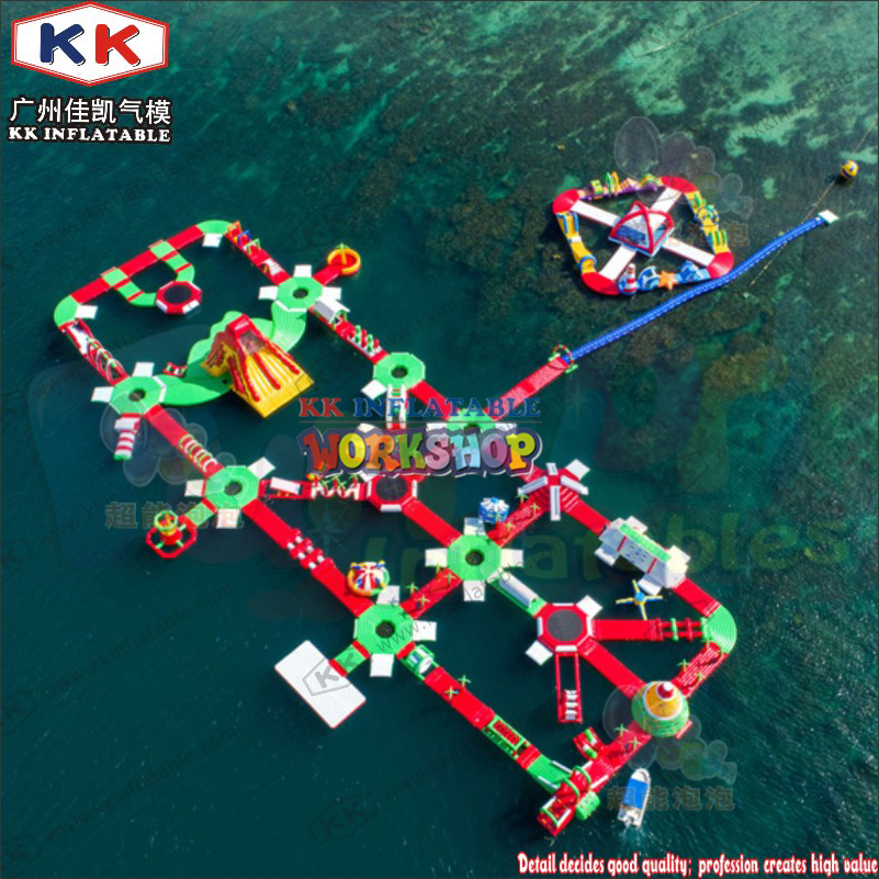 KK Brand Inflatable Type Floating Water Toys Red&creen&white Color Inflatable Water Park For Kids And Adult