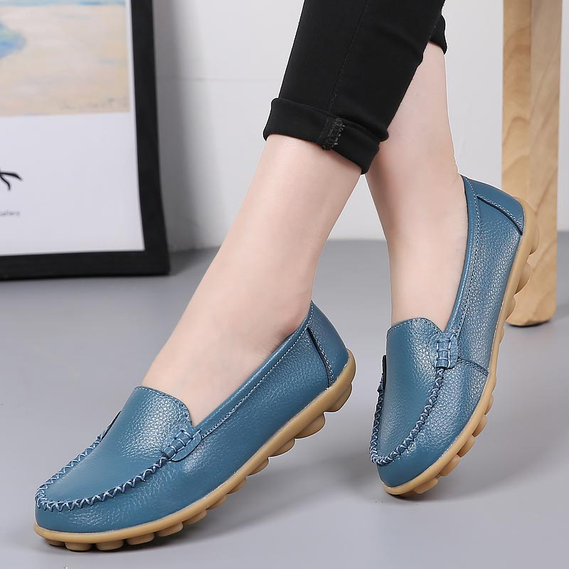 2019 New Genuine Leather Flat Shoes Woman Fashion Women Casual Shoes Plus Size Loafers Slip-on Round Toe Solid Female Shoes