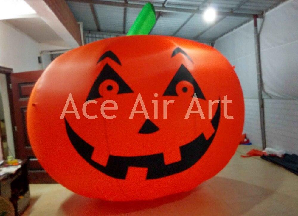 Modèle gonflable géant de citrouille de 10 pieds de diamètre, visage souriant de décoration d'halloween sur la citrouille sur la réduction