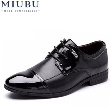MIUBU Spring Autumn Men Leather Dress Shoes Fashion British Casual Man Flat Wedding Shoe Business Large Size Hot Sales