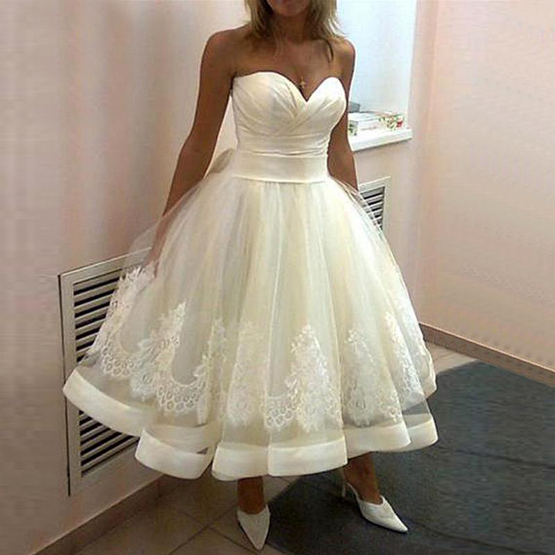 2019 New Beach Wedding Dress Tea Length Wedding Dresses Sweetheart A Line Lace Up vestido de noiva curto Appliques Bridal Gown-in Wedding Dresses from Weddings & Events