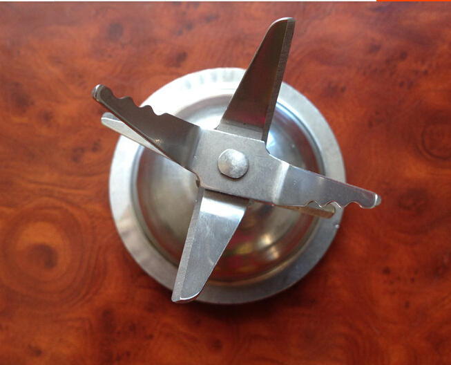 Free shipping/Fruit and vegetable food cooking machine / Juicer / mixer machine / special cutter head /4(6) leaf blade
