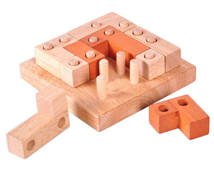 Toys For Grownups : Classic iq puzzle