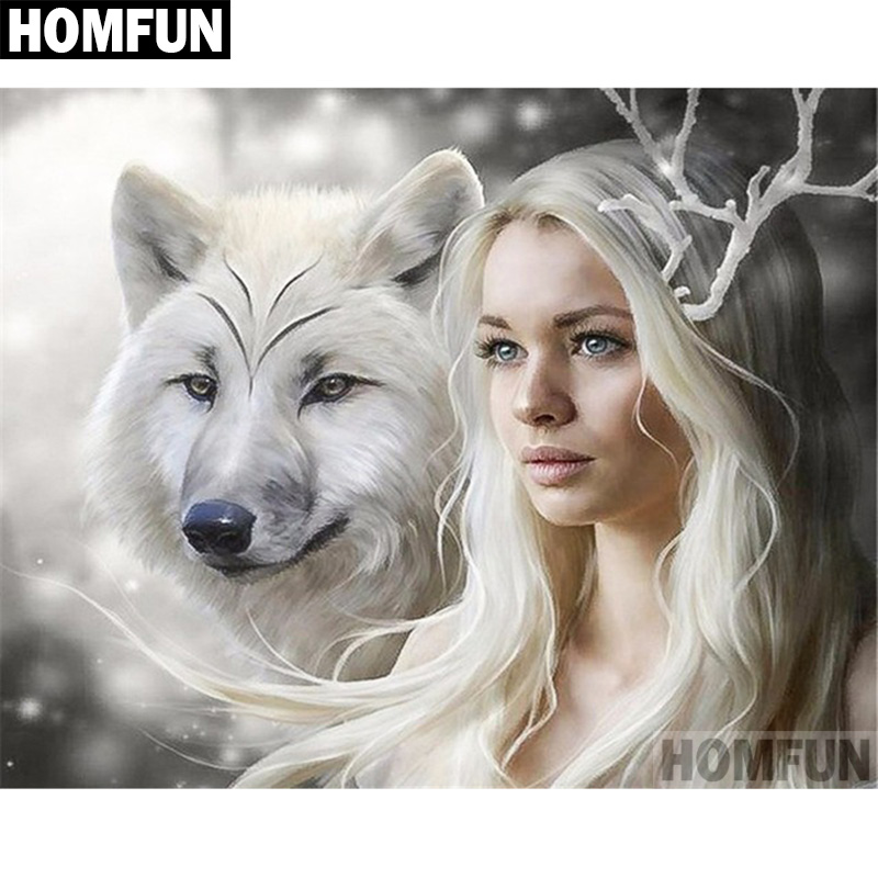A06614       Woman wolf