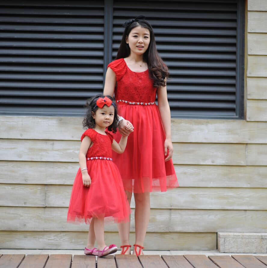e376119ea 2015 Matching Mother Daughter Clothes Mom And Daughter Dresses Ncbaby  Children Early European Royal Christmas Lace Dress Tutu
