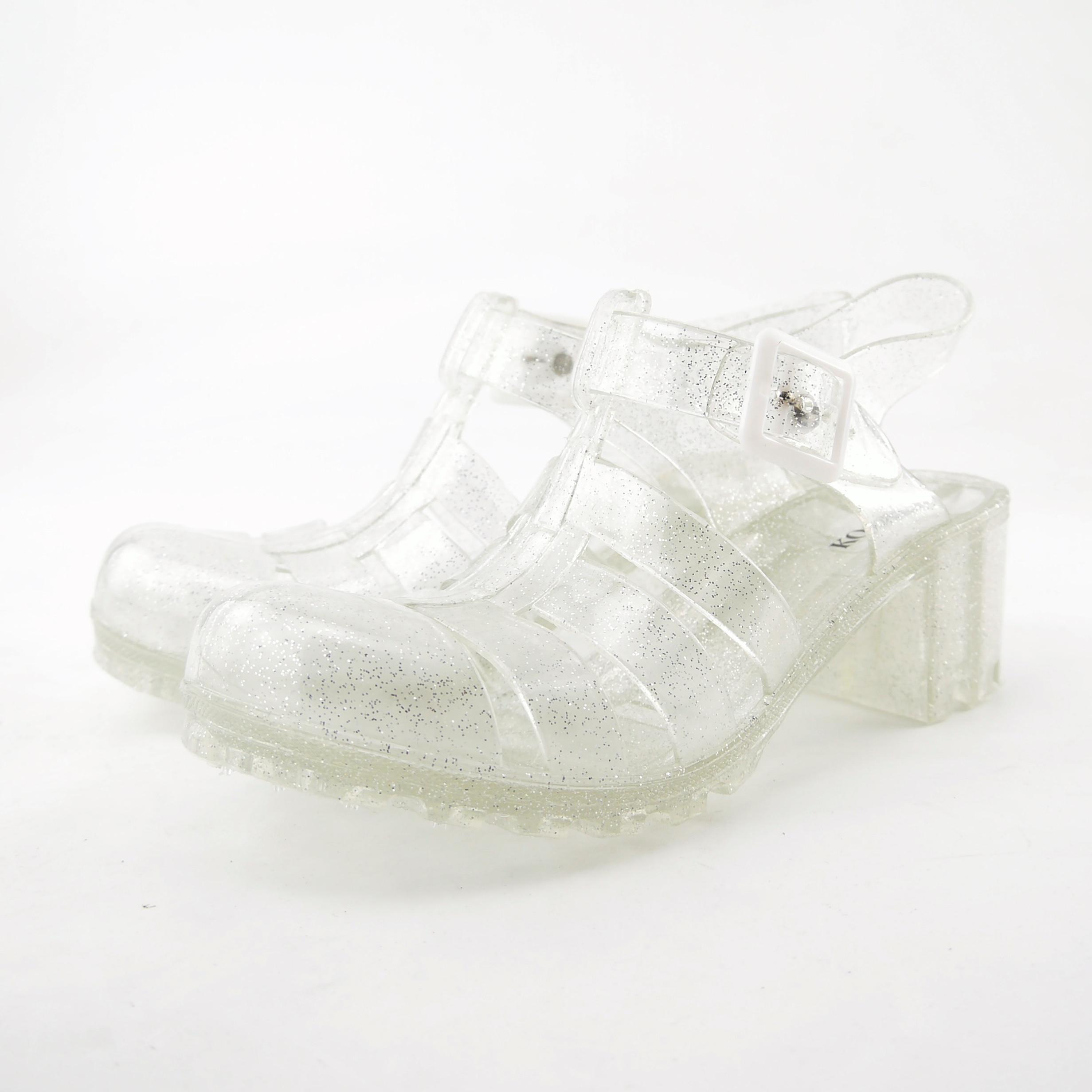sandale en plastique femme