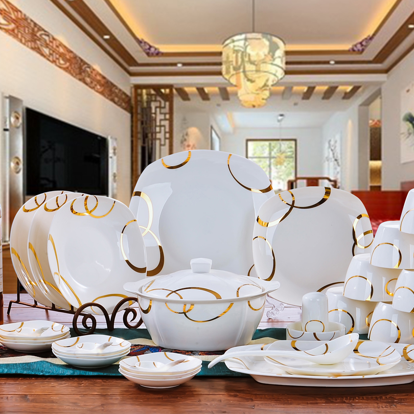Serviseutstyr Jingdezhen Keramisk servise Avowedly 56pcs Kina Servise Retter Plates Skåler