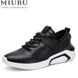 MIUBU oddychająca konstrukcja mokasyny męskie skórzane buty w stylu casual wysokiej jakości mokasyny dorosłych Slip on męskie trampki męskie obuwie letnie