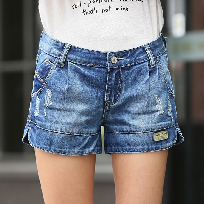 Spring and summer thin hole Lady denim shorts female Fashion Casual loose Vintage large size wide leg Women short Jeans S2139