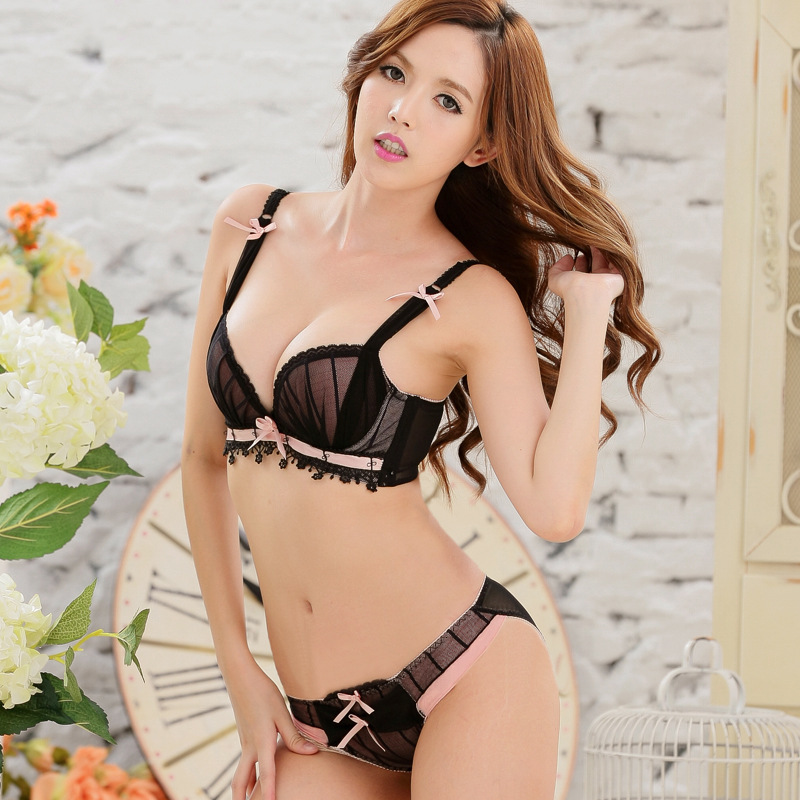 New Women Sexy Lace Jacobs Lovely Upper Bra Set Women Push up Lingerie Set Bra Briefs Pants Set Japanese Underwear Set BST055
