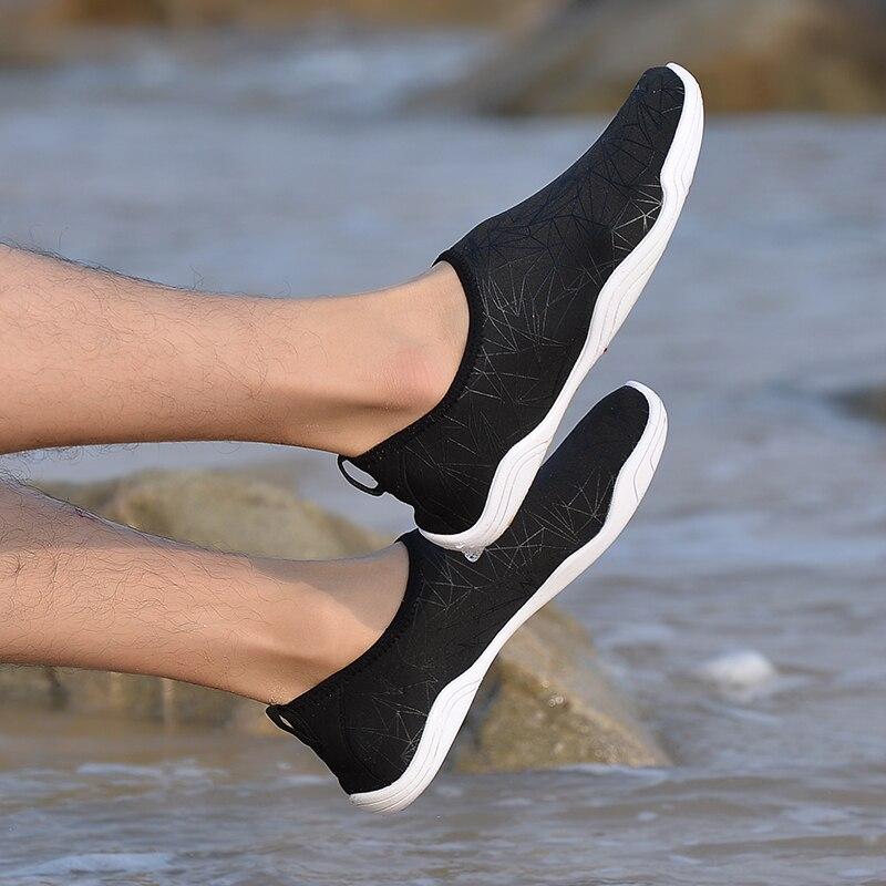 Degli uomini della Scarpa Da Tennis All'aperto Scarpe per il nuoto piscina scarpe da donna scarpe di acqua di immersione subacquea di pesca aqua camminare a piedi nudi scarpe da spiaggia 35- 46