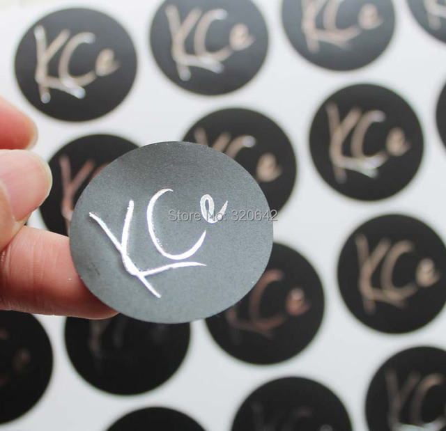 Custom logo circle round pvc material black background silver metallic foil stickershigh quality