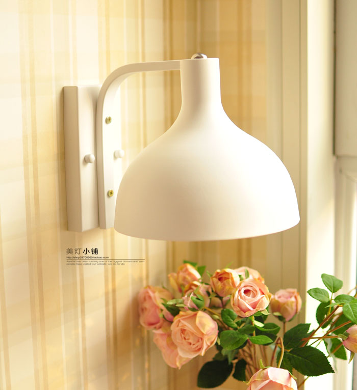 все цены на Wall lamp bedside lamp modern bedroom European Nordic wall lamp living room stairs aisle corridor hanging lights LU726258