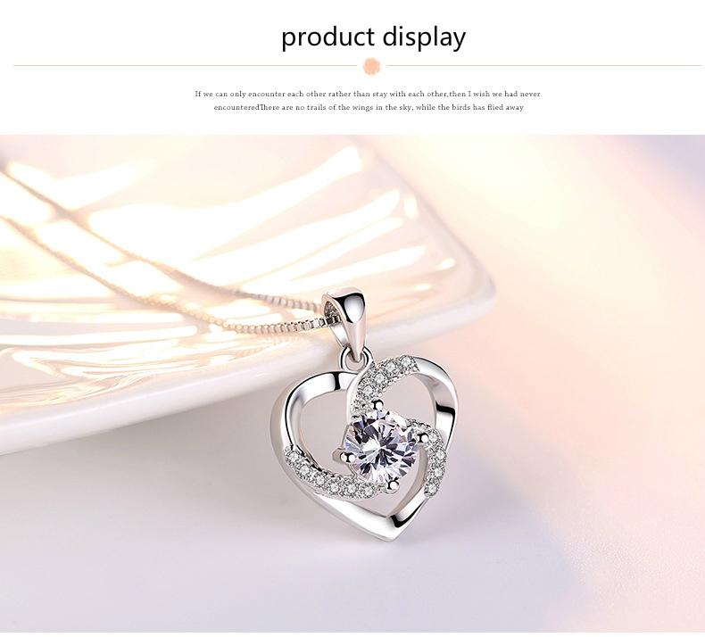 Ketting met hanger - hartje bedekt met ''kristallen'' - Silver Plated - Verkrijgbaar in Blauw, Paars en wit nu in onze goedkope sieraden webshop