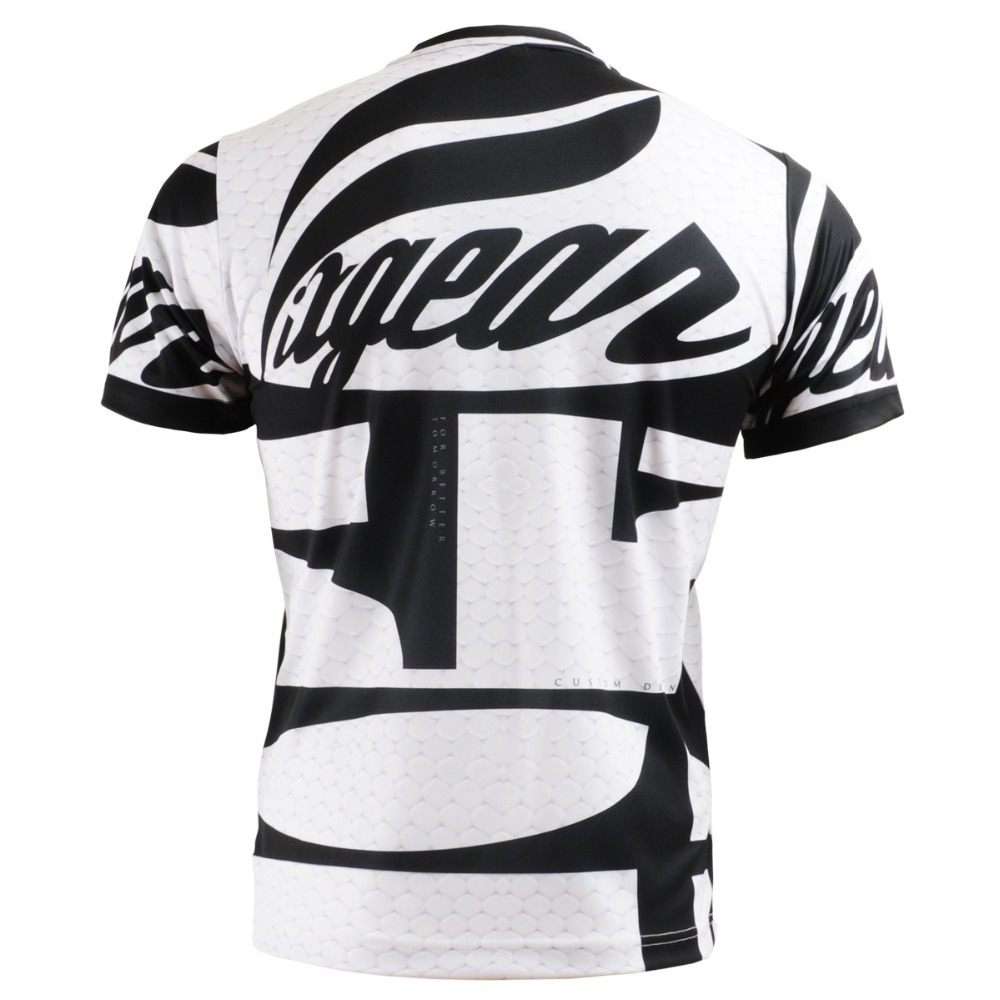 Shirt design unique - Aliexpress Com Buy Sports T Shirts Men Unique Design Printing Black White Contrast Color Short Sleeves Outdoor Indoor Athletic Training Tshirts From