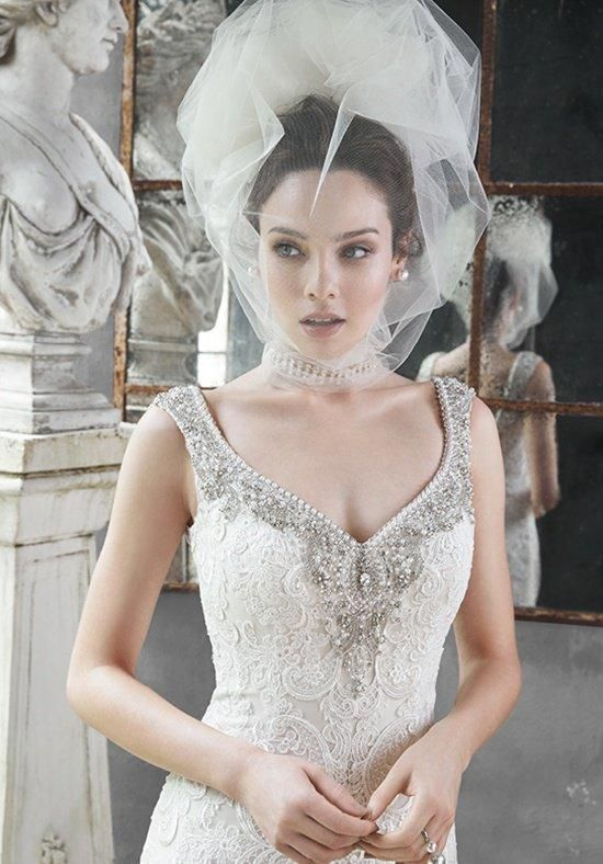 7abc99a5a69 New Best Selling White Wedding Veils One Layer Head Short Puffy Tulle  Bridal Veil Custom Cut Edge Wedding Veil V870-in Bridal Veils from Weddings    Events ...