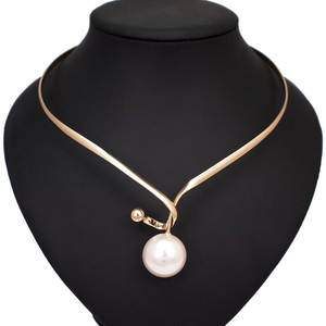 Alloy Torques Simulated Pearl Pendants Necklaces For Women Simple Design Statement Metal