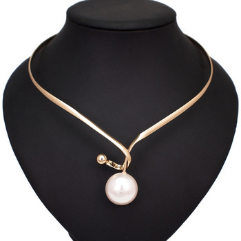 Alloy Torques Simulated Pearl Choker Necklace Pendants Simple Design
