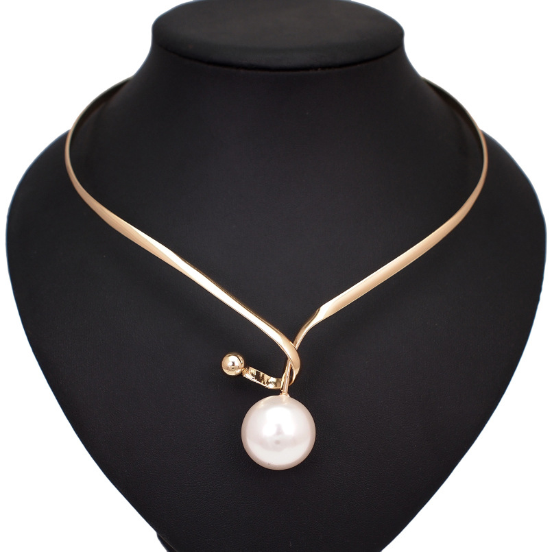 Alloy Torques Simulated Pearl Pendants Necklaces For Women Simple Design Statement Metal Collar Choker Necklace Jewelry UKMOC