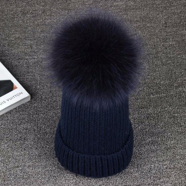 Nuevos Sombreros de Invierno 13 CM Pompones de Piel de Zorro de Lana de Punto Sombrero Mujer Chándal Marca Casual Alta Calidad Gruesa Chica Skullies Gorros