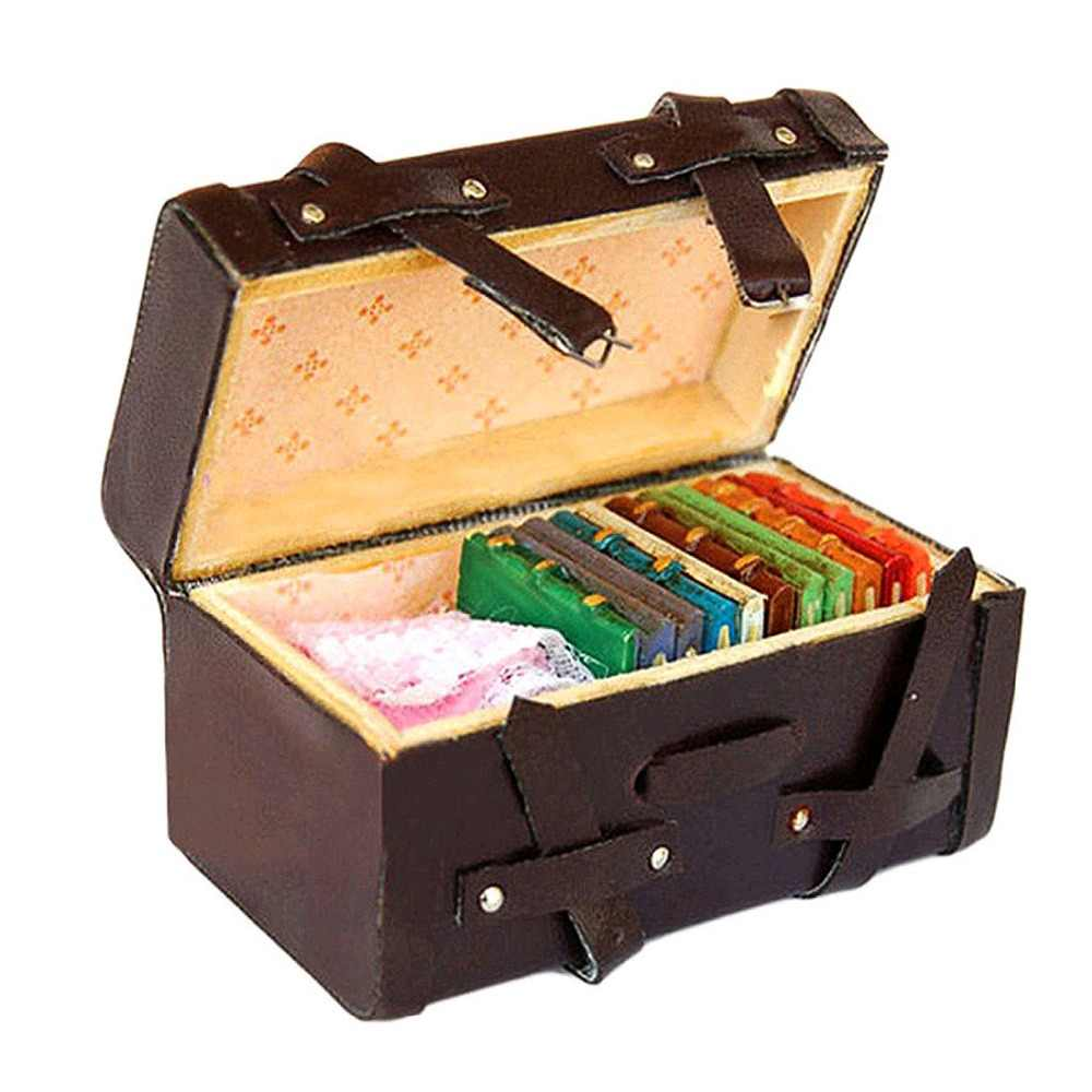 1/12 Miniature Dollhouse Carrying Vintage Leather Wood Suitcase Luggage Classic Toys Pretend Play Furniture Toys Accessory