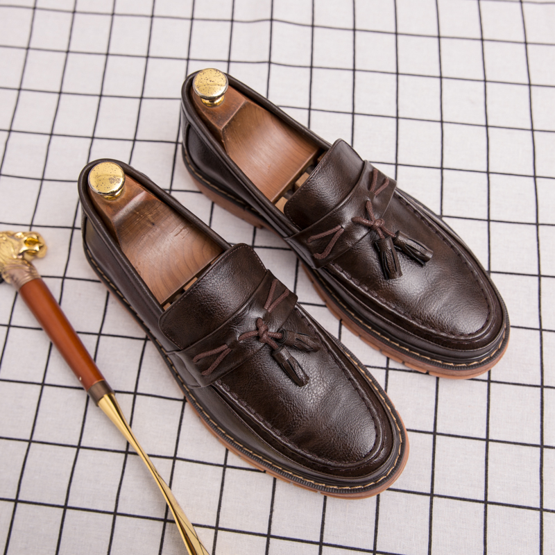 2019 Men Casual shoes breathable Leather Loafers Office Shoes For Men Driving Moccasins Comfortable Slip on Fashion Shoes in Men 39 s Casual Shoes from Shoes