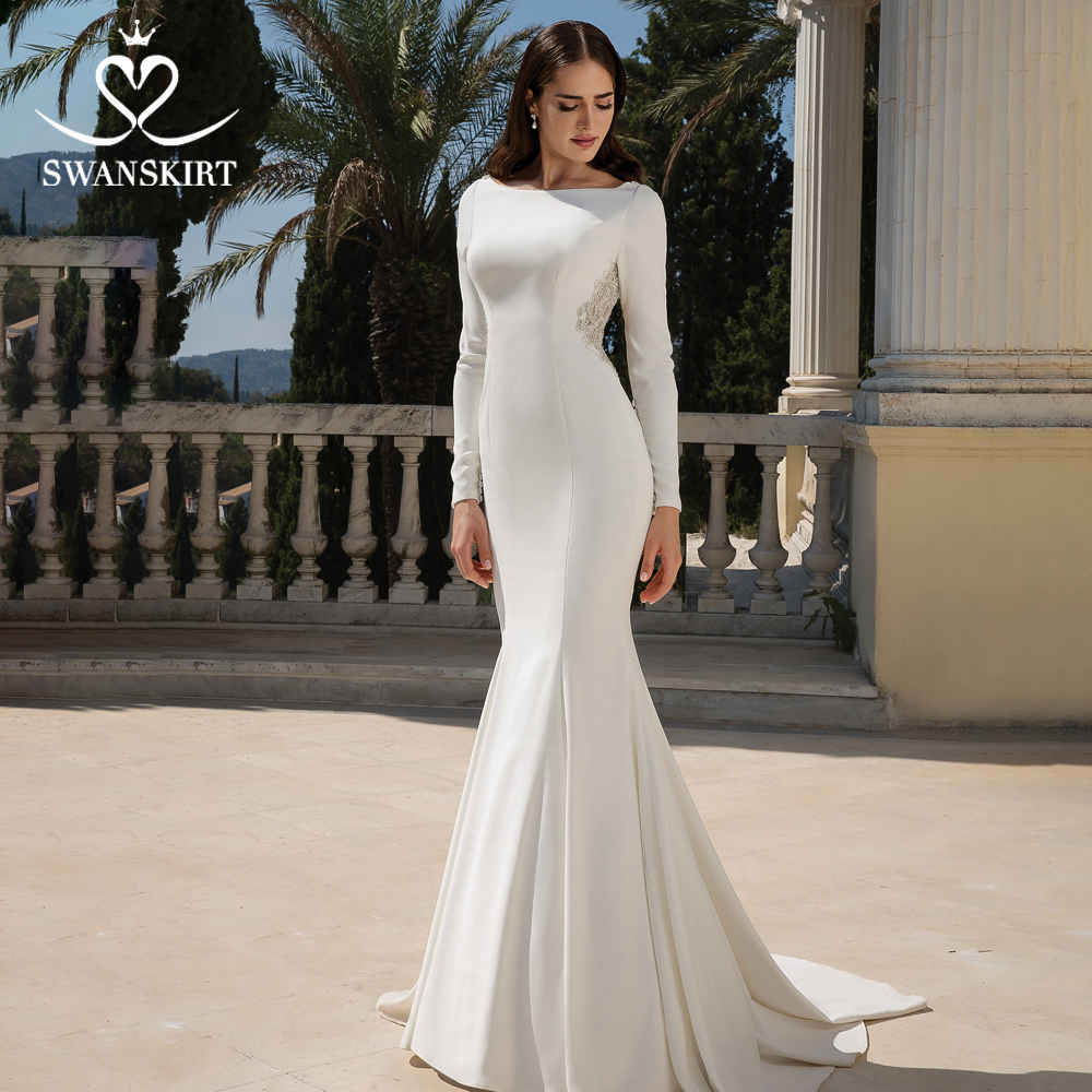 Swanskirt Long Sleeve Wedding Dresses 2019 Sexy Fit Flare Gown Satin Mermaid Beaded Illusion Back Princess Vestido de Noiva JZ09
