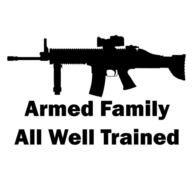 15X9.2CM ARMED FAMILY ALL WELL TRAINED Car Accessories Vinyl Decals Gun Car  Sticker S8