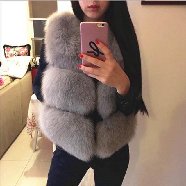 b1309849c7097 Imitation Fox Faux Fur Vest Women Winter Coat Sleeveless Jacket Colored Fur  Coats Short Fur Gilet Vests Manteau Fourrure Femme