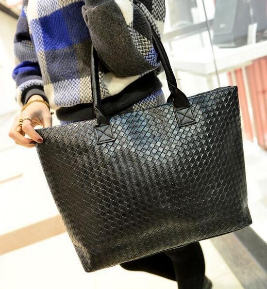 e43e24623 Outono nova moda bolsas De Alta qualidade PU de couro Das Mulheres saco Grande  capacidade de tecido bolsa de ombro malha saco de lazer Selvagem Feminino