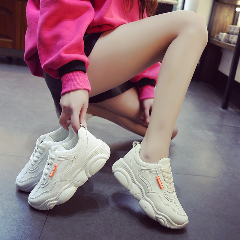 Image 5 - Breathable Air Mesh Espadrilles INS Hot Shoes Woman Bear Zapatos De Mujer Sport Running Sneakers Outdoor Tenis Sapato Feminino-in Women's Flats from Shoes