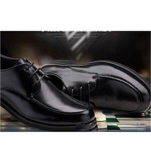 Image 2 - REETENE Oxford Schuhe Für Männer Kleid Schuhe Runde Kappe Business Hochzeit Männer Formale Schuhe Hard Tragen Retro Schuhe Männer