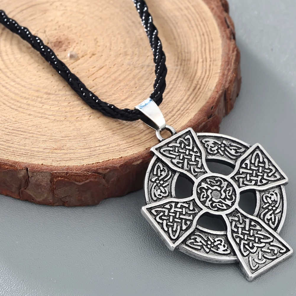 CHENGXUN Armenian Cross Pendant Necklace Solar Cross Celtics Druid Amulet Pendant Necklace for Boys Men Rope Chain Collier